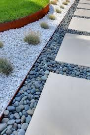 vialetti in ghiaia giardinaggio il vialetto ideale in the secret garden