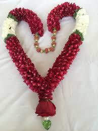 Indian Wedding Flower Garlands Pin By Svetlana Chernyavsky On Wedding Garland Jai Mala