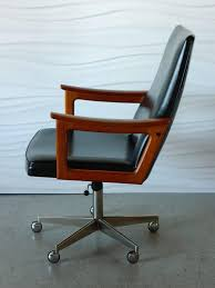 Mid Century Modern Desk Chair by Beautiful Mid Century Modern Office Furniture 4828 Homedessign Com