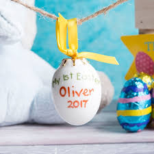 ceramic easter eggs personalised ceramic easter egg gettingpersonal co uk