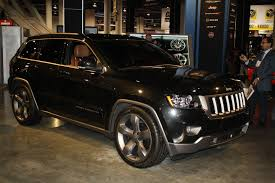 jeep laredo 2011 black jeep grand cherokee sema 2011 drivingscene