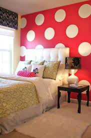108 best kleur in je interieur rood images on pinterest red pinspiration accent walls polka dot wallspolka dot roompolka dot wall decalspink