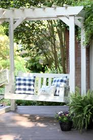 diy front porch swing projects u2022 the budget decorator