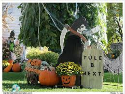 Outdoor Yard Decor Ideas Halloween Yard Decoration Ideas Kitchentoday