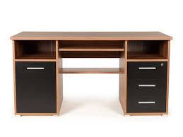bureau informatique bois massif meuble de bureau en bois massif fauteuil et tagres charmant meuble
