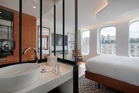 bureau de change republique renaissance republique hotel 40 rue rene boulanger 75010