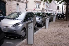siege autolib buzzing around in borrowed electric cars cars