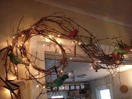 grapevine garland decorating ideas here you see it being used
