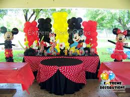 mickey mouse decorations of minnie mouse cake table decoration with balloon sculptures