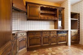 repeindre cuisine chene cuisine decaper meuble de cuisine en chene conception de maison