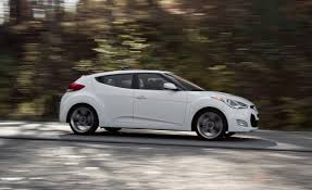 hyundai veloster 2012 hyundai veloster dct road test review car and driver