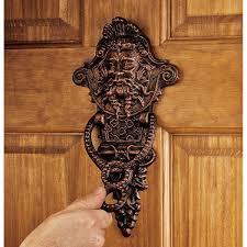 amazon com design toscano winthrop manor greenman door knocker