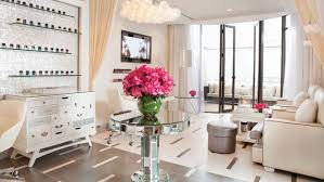 famous hairdressers in los angeles kim kardashian s nail salon of choice and 7 more l a mani pedi