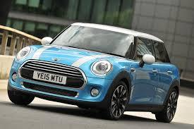 volkswagen mini tested audi a1 vs mini hatch vs volkswagen polo london evening