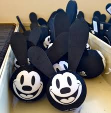 rabbit merchandise 22 best oswald images on oswald the lucky rabbit