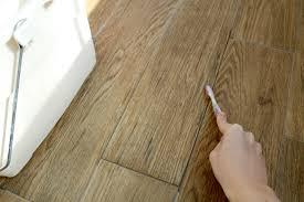 How To Clean Laminate Flooring With Vinegar Cleaning Hardwood Floors Vinegar Olive Oil Carpet Vidalondon