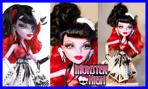 monster high halloween dolls monster high operetta frights camera action doll review