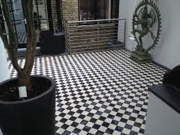 Victorian Mosaic Floor Tiles Victorian Black And White Courtyard Paving Tile Mosaic Floor