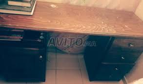 bureau en bois a vendre bureau en bois letre à vendre à dans meubles et décoration avito ma