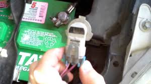 how to replace a headlight bulb on a toyota matrix youtube