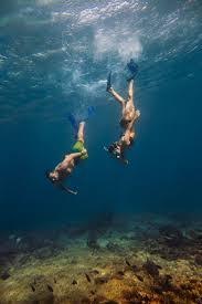 underwater photographer in baie ternay marine park seychelles