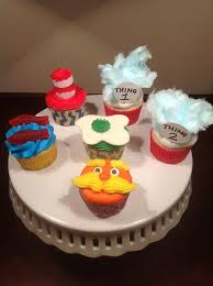 dr seuss cupcakes dr seuss hat lorax green eggs thing 1 2