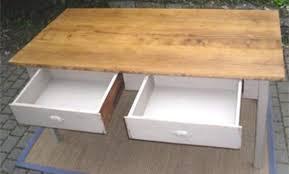 table de cuisine avec tiroir table de cuisine avec tiroir cool cuisine quipe prs table salon