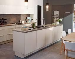 idee couleur cuisine ouverte de bonnes idées déco pour une cuisine ouverte cuisine ouverte