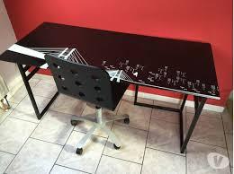 bureau plateau en verre bureau verre treteaux bois blanc clasf