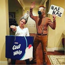 Couples Costume This Is What Your Halloween Couples Costume Says About Your