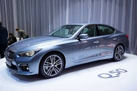 infiniti q50 lands in europe with merc u0027s 168hp 2 2 liter diesel