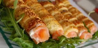 cuisiner le saumon fumé rouleaux feuilletés au saumon fumé recettes by hanane