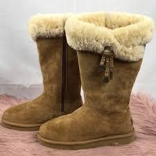 womens ugg australia brown plumdale charm boots 77 ugg shoes ugg australia s plumdale charm boots