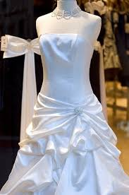 where to sell a wedding dress buy and sell wedding apparel check it out