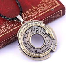 chain necklace jewelry images Zidom cool mens jewelry game assassins creed connor amulet jpg