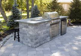 Backyard Bbq Grills by Awesome Backyard Kitchen Design Brick Stone Grill Island Built In