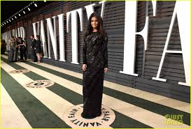 Vanity Fair After Oscar Party Selena Gomez Glows At The Vanity Fair Oscars Party After Dropping