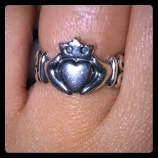 avery claddagh ring 41 avery jewelry avery adorned claddagh ring