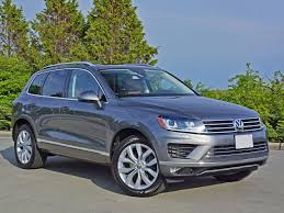 touareg volkswagen 2015 2015 volkswagen touareg tdi execline road test review carcostcanada