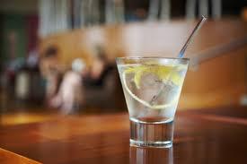 vodka tonic calories 6 best low calorie cocktails shape up with sher bubble