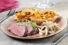 cuisiner un roti de biche rôti de biche et patate douce farcie colruyt