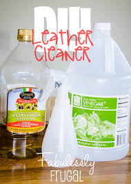 How To Clean White Leather Sofa Diy 2 Ingredient Leather Cleaner And Conditioner Leather Easy