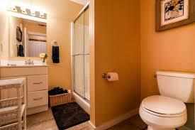 Orange Bathroom House Rentals Fredericksburg Gastehaus Schmidt Orange Street