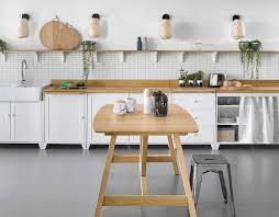 changer poignee meuble cuisine relooker un meuble de cuisine nos 8 conseils pratiques côté maison