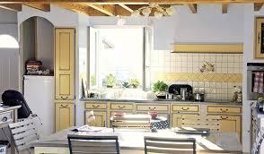 carrelage cuisine provencale photos moderniser une cuisine provençale crédence imitation carreaux de