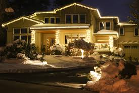 Landscape Lighting Cost by Whats It Cost U003e Holiday Lights