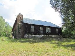 linden tennessee real estate homes farms ranches u0026 land