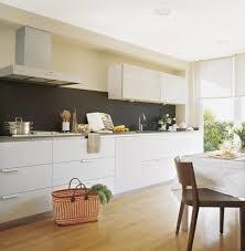weiße küche wandfarbe küche farben ideen weiße küchenzeile magnolia wandfarbe schwarzer