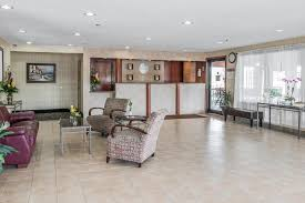 Comfort Inn And Suites Fenton Mi Comfort Inn Grand Blanc Mi Booking Com