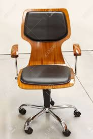 Modern Office Chairs Wood Office Chairs 141 Modern Design For Wood Office Chairs